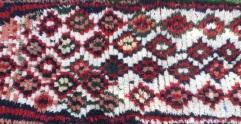 tapis-boucherouite-et-laine-kaki