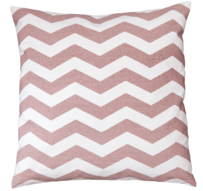 coussin-chevrons-rose