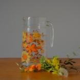 pichet-fleurs-oranges
